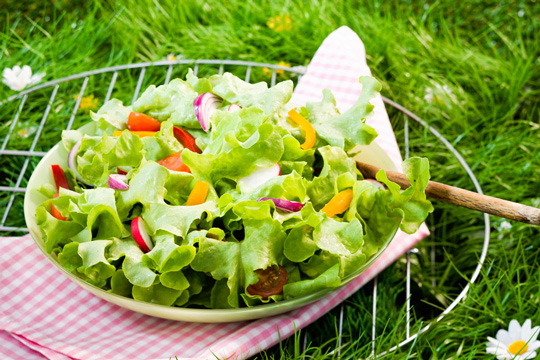 Easy recipe for salad and dressing that aligns with the alkaline diet.