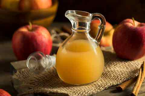 Learn common uses for apple cider vinegar.